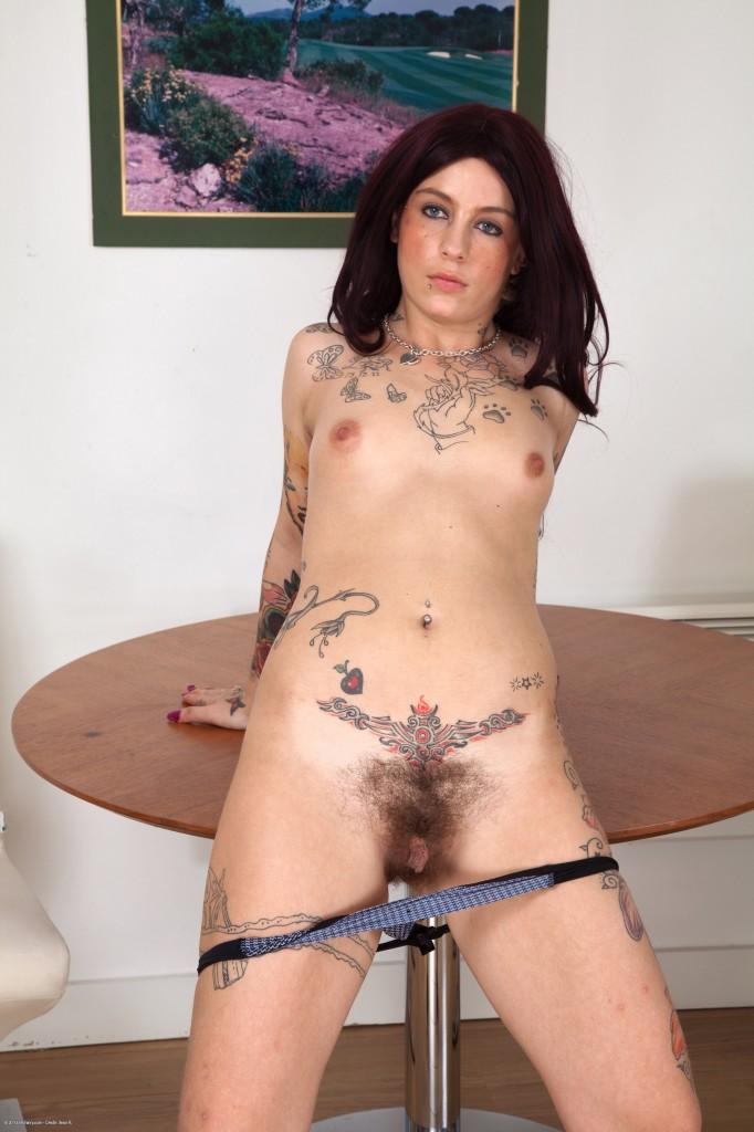 Toni Pierce Hairy Pussy